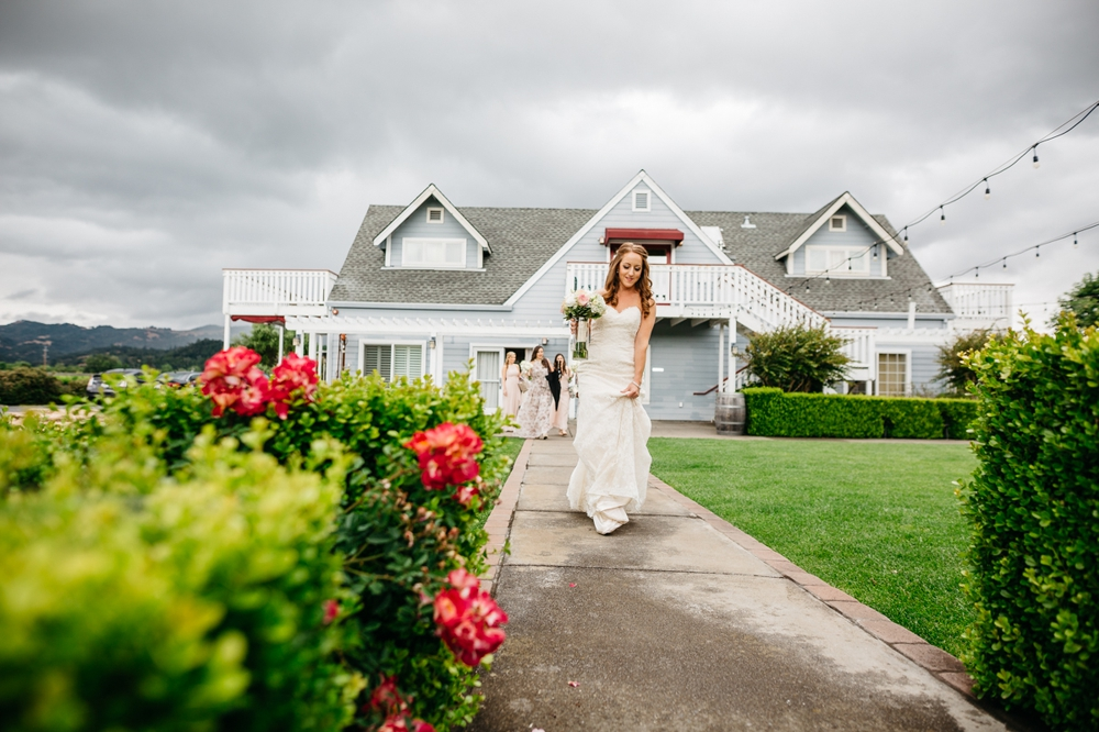 cloverdale outdoor vineyard destination wedding 44