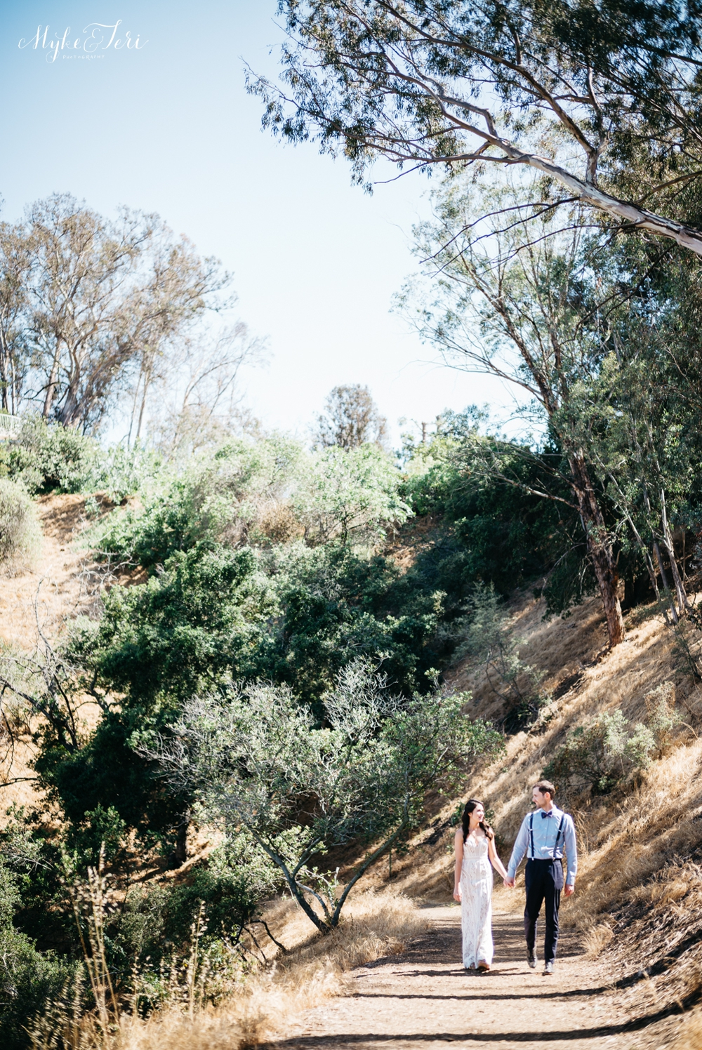 Eco-Friendly Bohemian Beverly Hills Outdoor Wedding 15