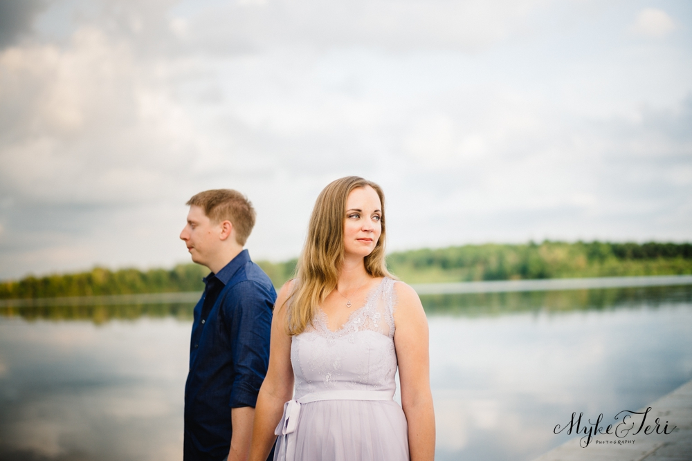Warm City Nites + Lakeside Embraces: Madison Wisconsin Engagement Session